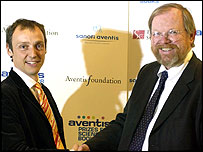 Philip Ball with Bill Bryson at the Aventis Award ceremony